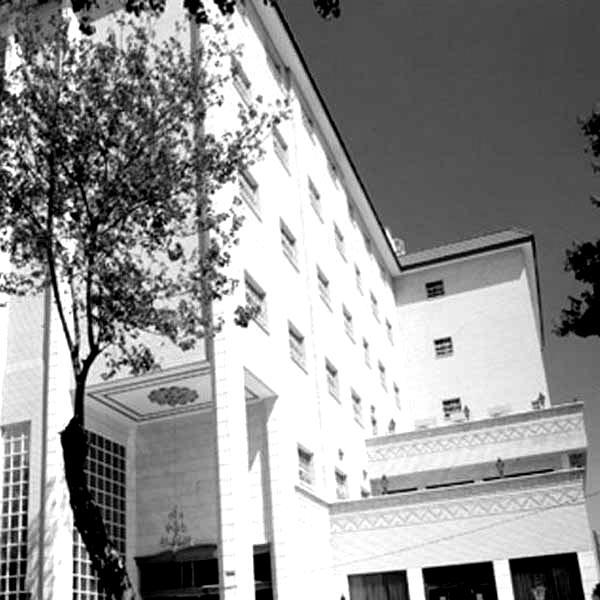 Parseh_Hotel3-blackwhite