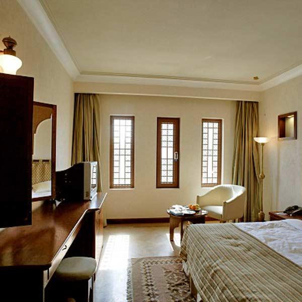 Safaieh_Hotel5