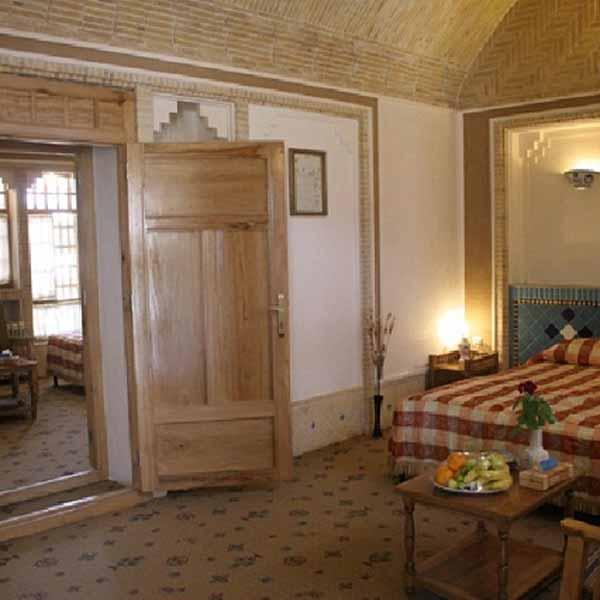 Akhavan_Hotel (1)