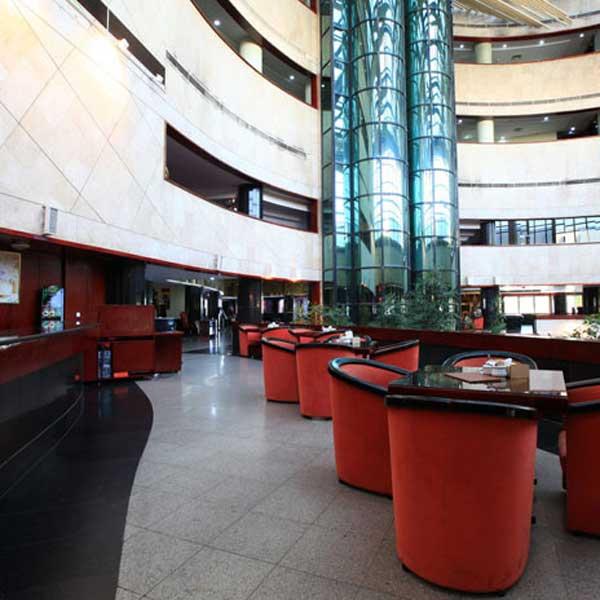 El_Goli_Pars_International_Hotel (1)