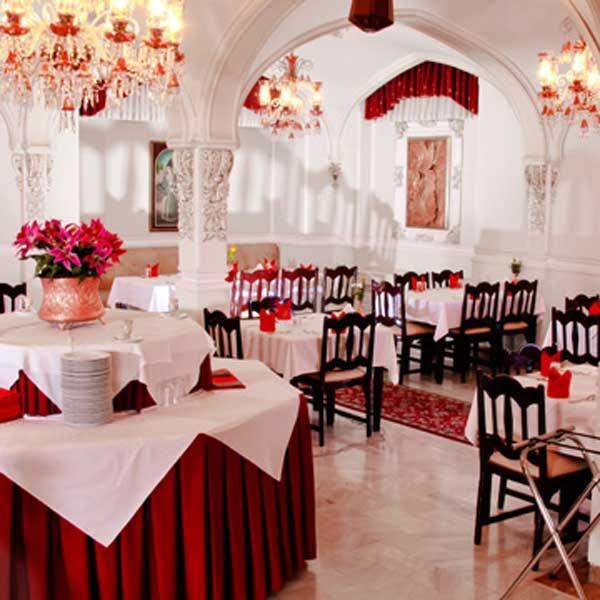 Iranshahr_Hotel (1)