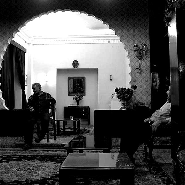 New_Naderi_Hotel-3-blackwhite